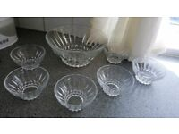 CUT GLASS DESSERT SERVING BOWL AND 6 DESSERT DISHES