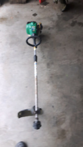 Coupe herbe weed eater