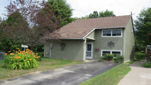 Affordable Living in Elliot Lake. Lovely Custom Home!