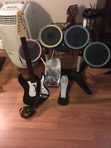Rock Band 2 with accessories - Wii