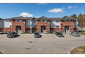 3 bedroom condo townhome with 1 parking available in Barrie