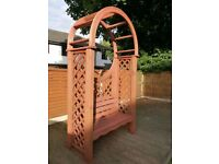 Very good condition arbour - sold subject to collection