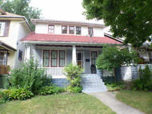 Convenient Location & Affordable in Windsor - 437 Elm