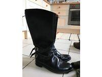 Vintage Trophy Black Biker boots, super condition, size 10