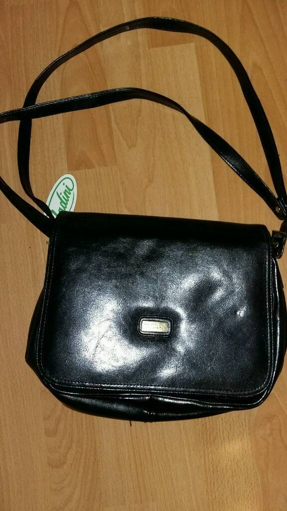 Women's accessory collection handbag