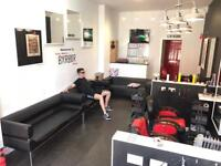 BARBER REQUIRED @ TONY MANNS BARBER SHOP GIFFNOCK GLASGOW