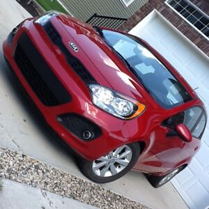Low Kms. 2013 Kia Rio Eco