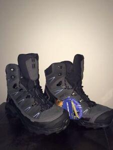 Women's 7.5 Saloman Trek GTX Boot--New