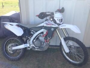 2010 Yz450F Low Hrs