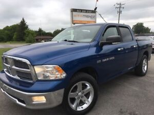 2011 Dodge Ram 1500 Sport Crew Cab Sport w/Sunroof! Bluetooth...
