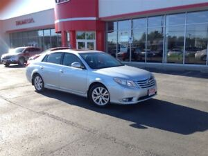 2011 Toyota Avalon XLS| REDUCED TO SELL|  One Owner| WAS $18991