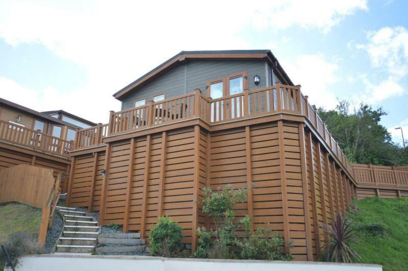 Luxury Lodge Paignton Devon 2 Bedrooms 6 Berth Prestige Ardingly 2012 Waterside