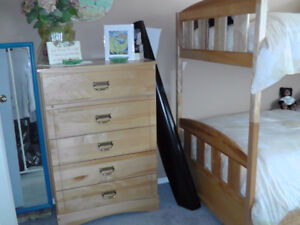 DRESSER AND BUNKBED SET