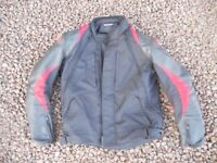 Alpinestars Men's Leather Jacket Size M.