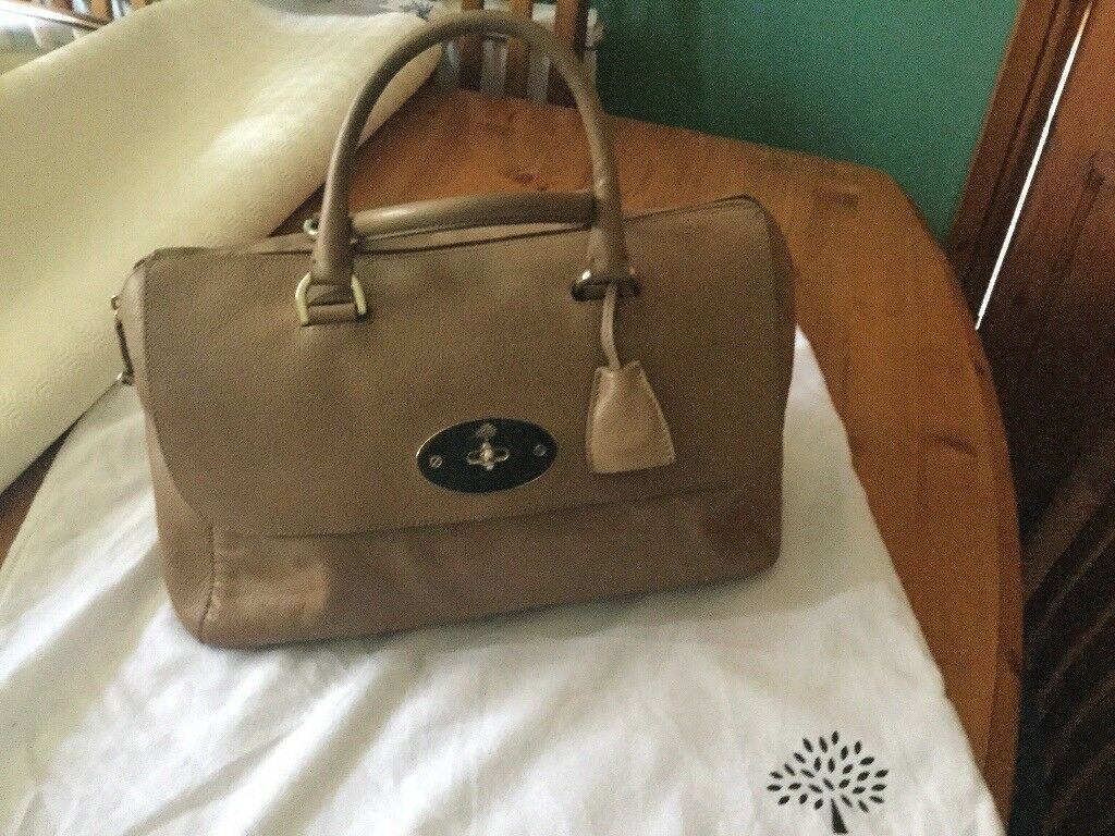 REDUCED FOR QUICK SALE Genuine Mulberry Del Rey  d86edba16be1c