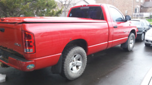 2002 dodge ram 1500 Asking 2500 AMAZING DEAL