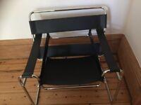 Vintage retro Le Corbusier black leather chair