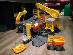 Fisher Price: big action construction site