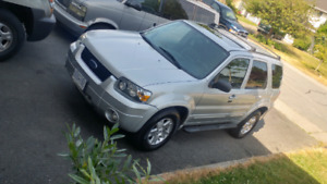 Ford escape limited $6600