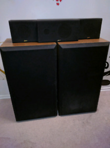 Zenith Set of 5 Speakers/Stereos