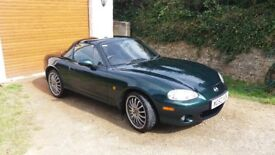 MAZDA MX-5 1.8i Sport / Racing Green / Convertible / Manual / Petrol