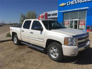 2011 Chevrolet SILVERADO SHORT BOX CREW CAB 1 Owner Local