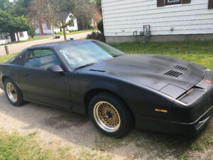 1989 Pontiac Trans Am Coupe (2 door)