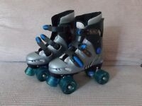ROLLER SKATES SIZE 3 WITH SKATE BAG