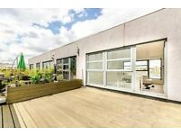 STUNNING DUPLEX PENTHOUSE APARTMENT WITH BALCONY, THREE DOUBLE BEDROOMS, TWO BATHROOMS, GREENWICH