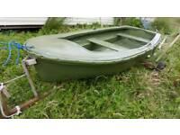 Rowing boat swap dog trailer