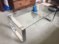 Glass side table - URGENT (before 22.08) - West London