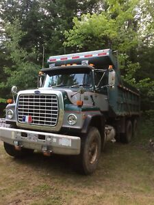 Ford dump truck heavy spec