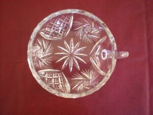 Crystal dish with handle