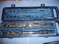 Flute Yamaha YFL21N with case; plays well with good clear sound; ideal for a beginner