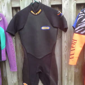 mens and ladies wet suits 35.00 each