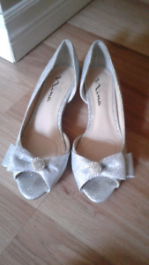 Sparkly shoes size 7 worn once