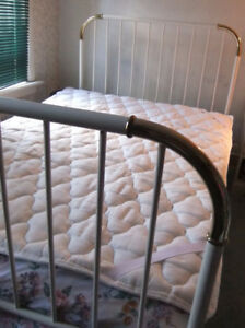 IKEA - Quilted mattress pad - Double