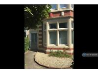 2 bedroom flat in Llandaff Road, Cardiff, CF11 (2 bed)