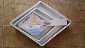 Wilton 3-tier pan set. Aluminium. Brand new. In original package
