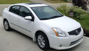 2011 Nissan Sentra 2.0S Luxury Sedan