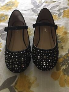 Girls size 2 shoes. Never worn.