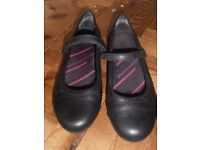 Size 6 Clarks Bootleg Teen Girl's School Shoes