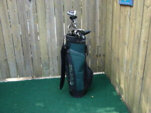 2 x sets of Men's Right Hand Taylormade golf club sets