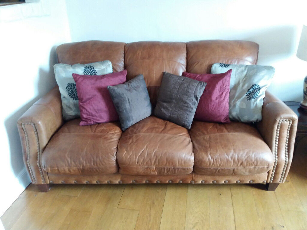 Brown leather studded sofa | in Southside, Glasgow | Gumtree