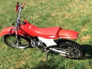 Dirt bike in excellent shape