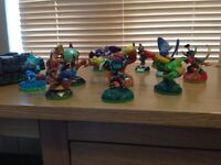 Wii Skylanders console, game & 13 characters