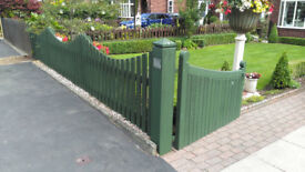 Pair of Wooden Entrance Gates for Driveway