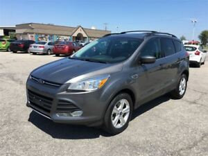 2014 Ford Escape SE/ 4X4/CARPROOF CLEAN/SUNROOF/NAV/LEATHER