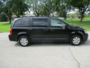 2010 Dodge Grand Caravan stow n go Fourgonnette