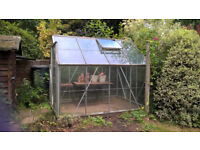 8 x 6 or 200 x 250 Greenhouse, good condition but some panes missing